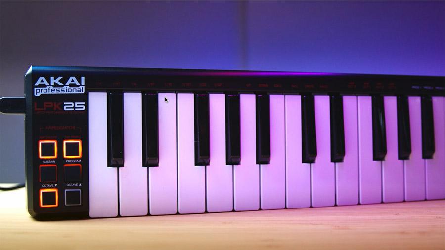 AKAI LPK25 Keyboard